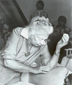 Ida Rolf rolfing Tairo Klinik