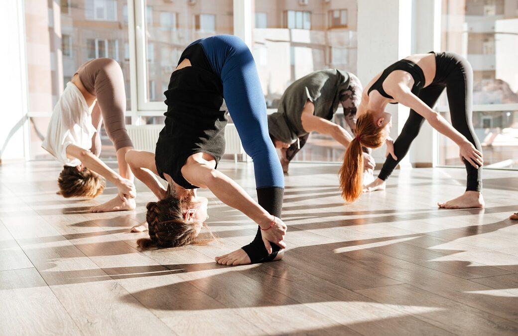 """Mythbuster: """"Jeg er alt for stiv til yoga"""""""